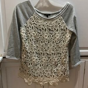 Monteau gray sweatshirt with cream lace, good cond
